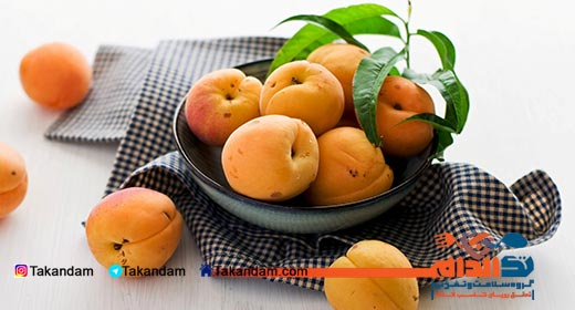 breastfeeding-bloating-apricot