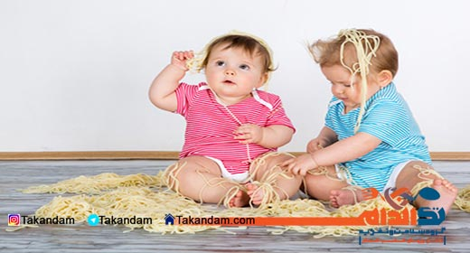 infant-nutrition-playing-with-pasta