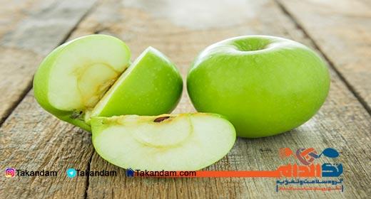 snacks-effect-on-children-health-apple
